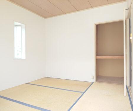 和室4.5帖の収納庫♪