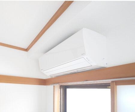 エアコンは和室に設置です♪