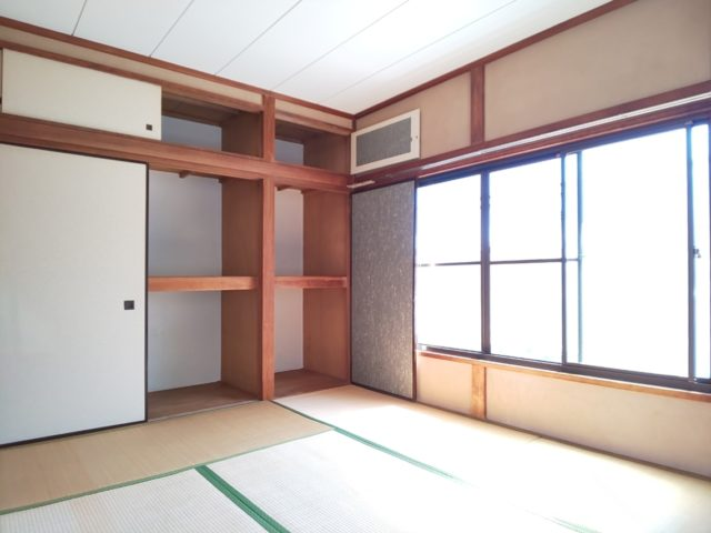 和室6帖の収納庫です♪