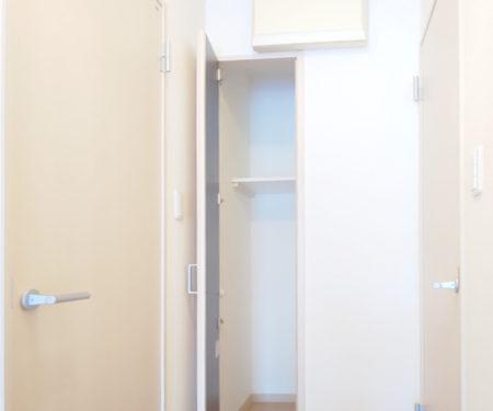 内廊下の収納庫です♪